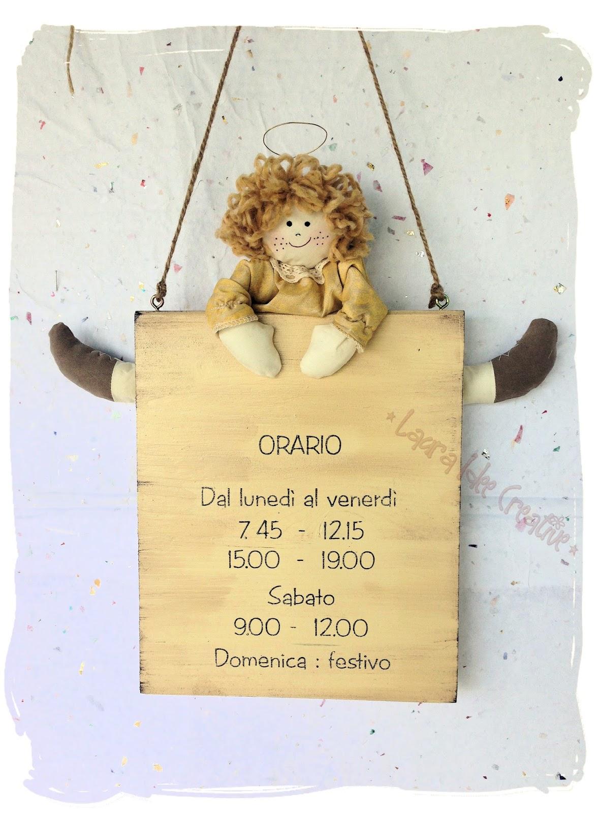 Laura idee creative targa in legno con angioletto in for Idee per aprire un negozio originale