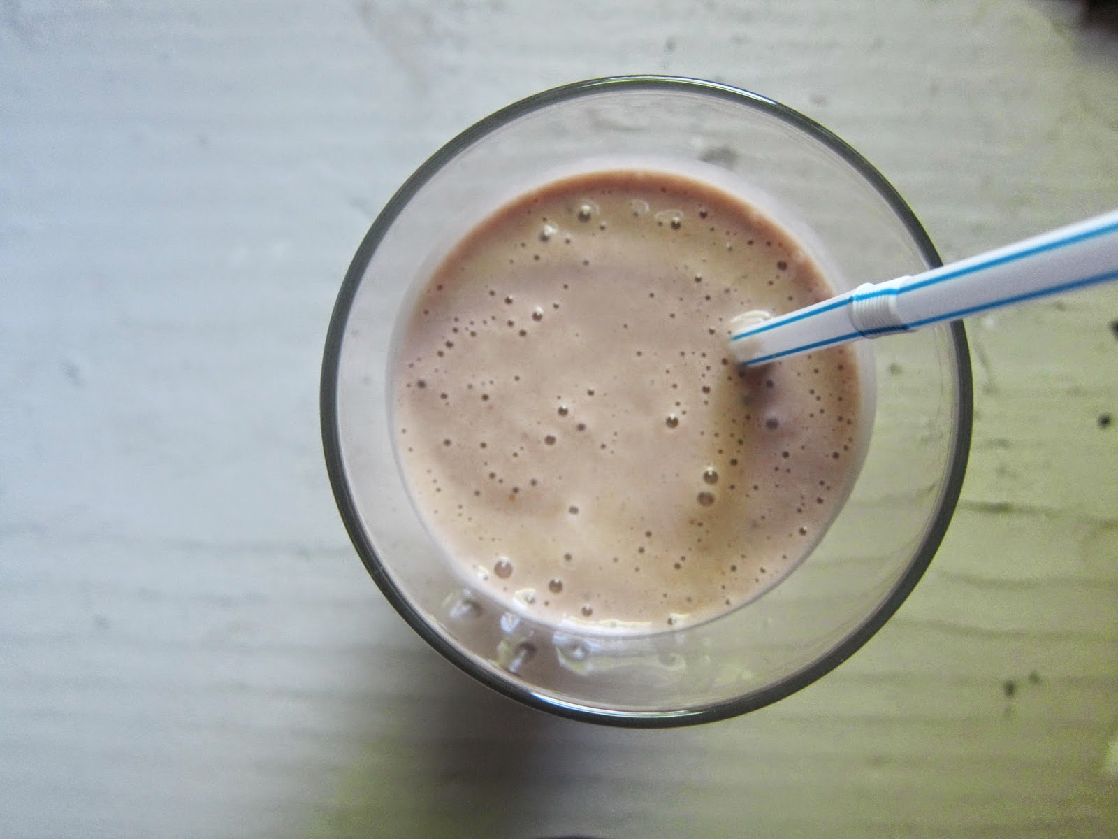Nutella, Banana, and Peanut Butter Smoothie | The Economical Eater