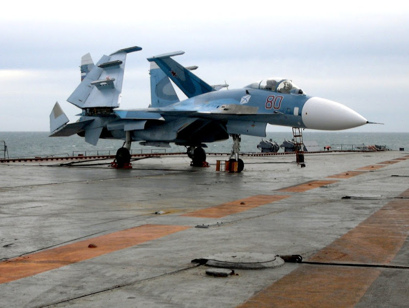 Su-33 Naval Flanker multi-role Fighter Jet