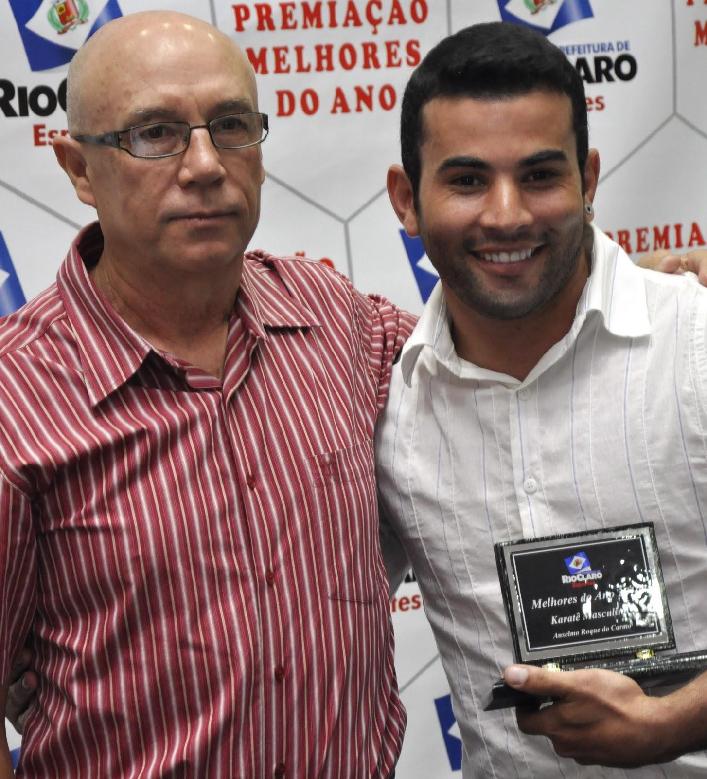 Prefeitura de Rio Claro homenageou os Melhores de 2010 #283679 1454x1600 Banheiro Adaptado Arthur Lima
