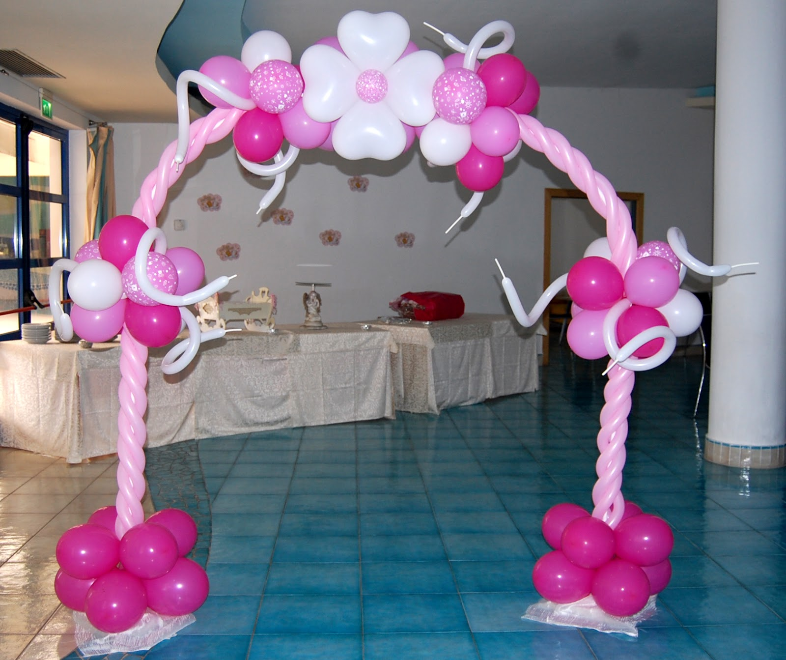 Lv balloon art battesimo - Idee per addobbi battesimo ...