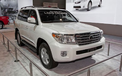 2013 Toyota Land Cruiser Owners Manual, Release Date & Redesign