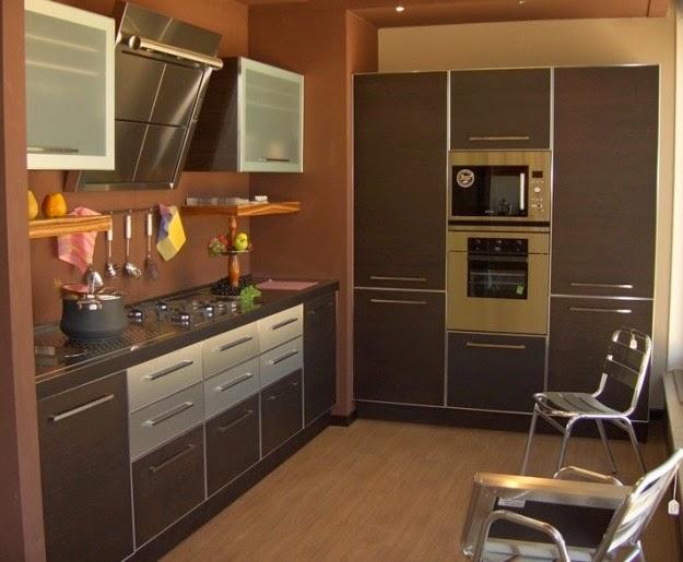 Cocinas de color marr n colores en casa for De que color con gris en una cocina