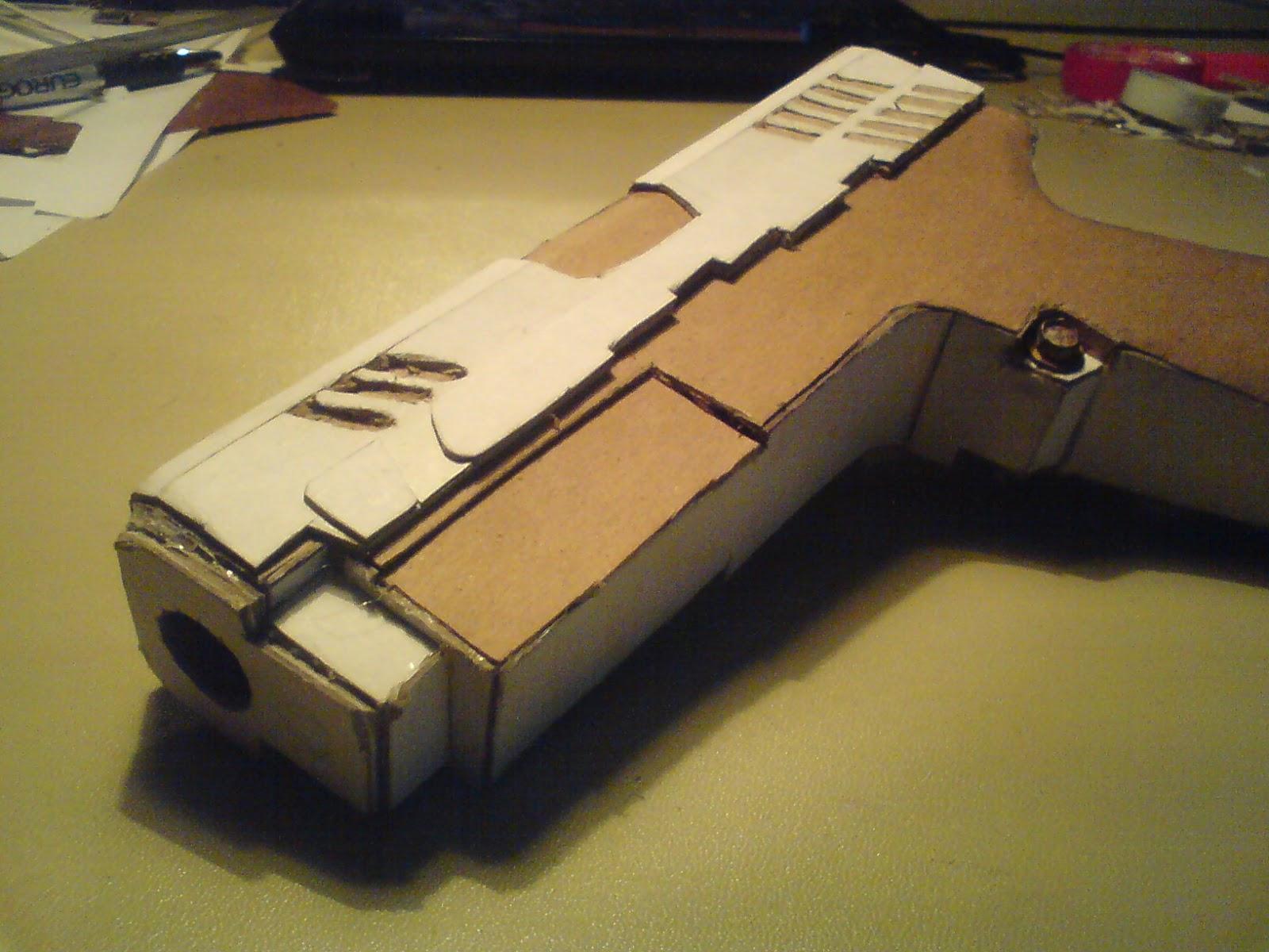 Pistola Blacktail - Resident Evil DSC04426