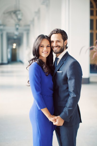 New official portrait of Prince Carl Philip and Sofia Hellqvist.