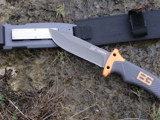 Gerber Bear Grylls Knife