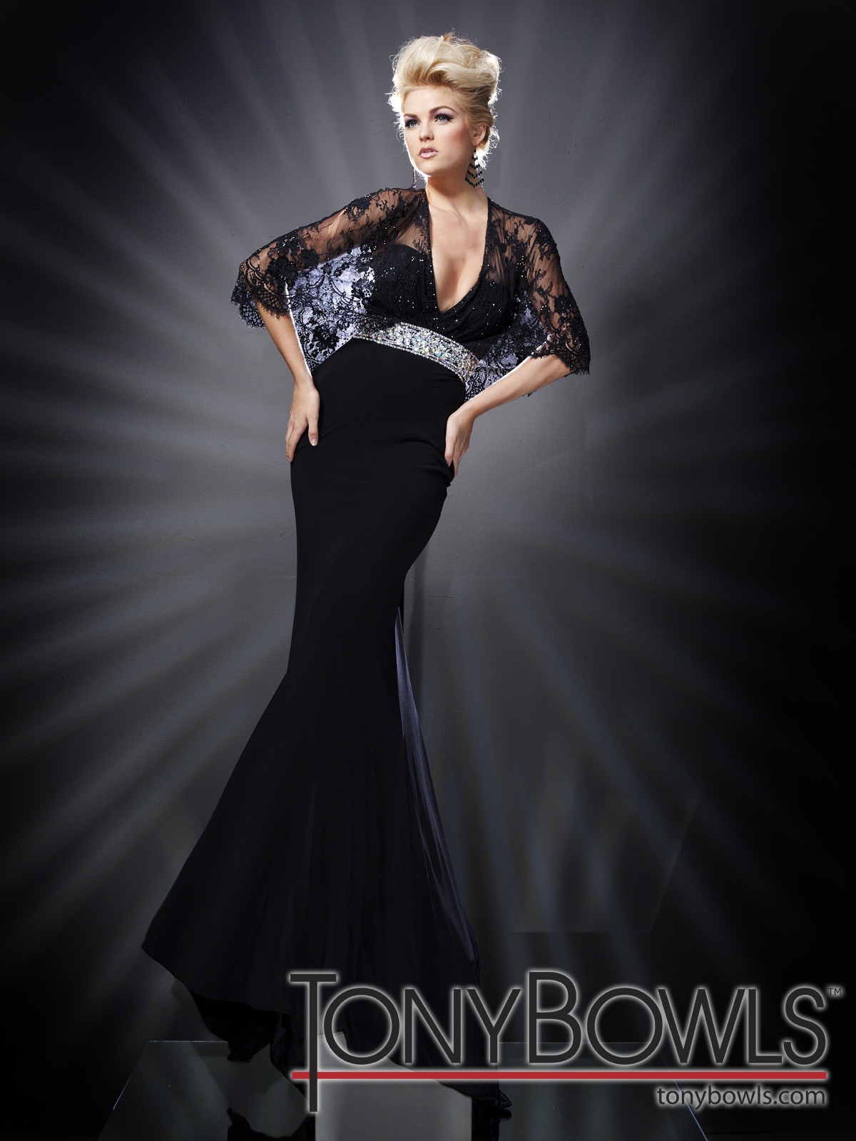 elegante abendkleider von tony bowls. Black Bedroom Furniture Sets. Home Design Ideas