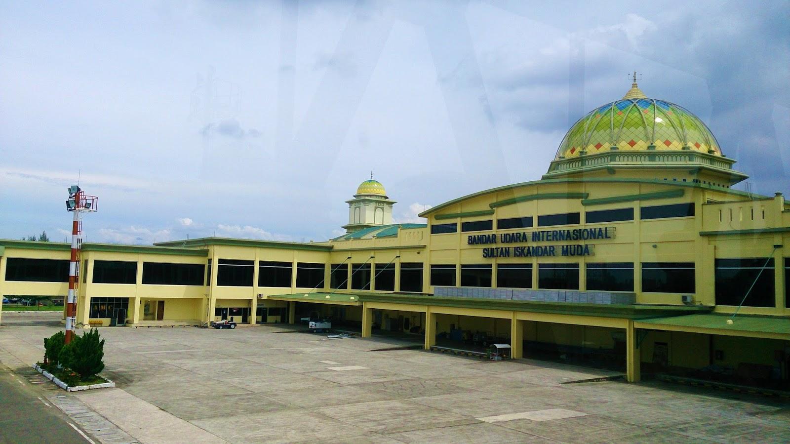 Discovered Sumatra Banda Aceh Bakso Ancol Ads Friendship Village Of Indonesia And Tiongkok China Tebing Lamreh Ujung Kelindu Pantai Pasir Putih Lhokme Beach Dhapu Kupi Pusaka Souvenir Day 1st Hepymoments