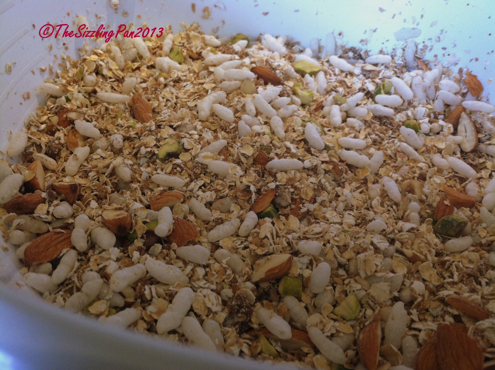 The Sizzling Pan: Homemade 'Oats and Nuts' Granola/ Cereal
