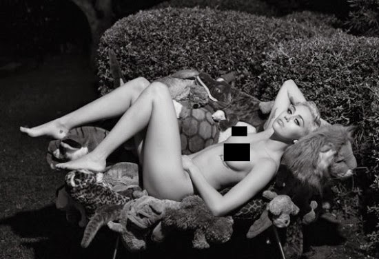 Miley Cyrus desnuda
