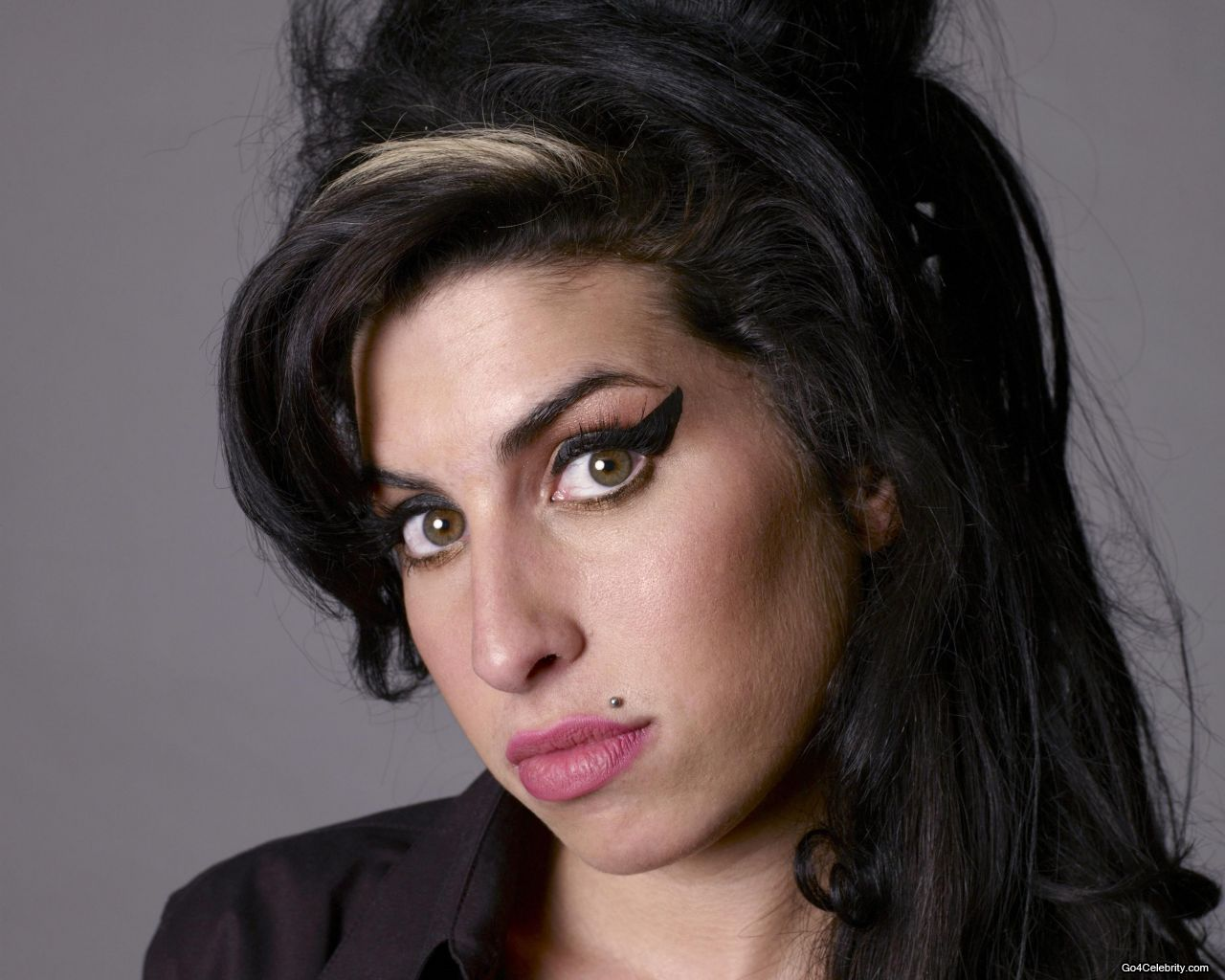 Amy Winehouse Spent Her Last Night Watching Videos Of Herself