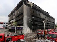 Pedagang : Medan Plaza sengaja di Bakar