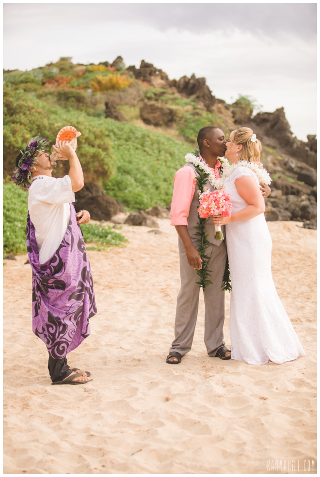 a beautiful simple maui wedding trina maurice at