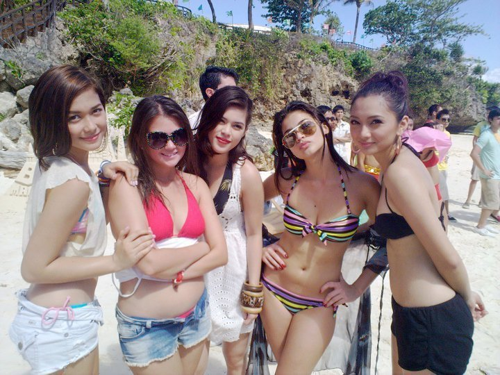 anne curtis with iya villania, maja salvador, angelica panganiban, shaina magdayao bikini photo