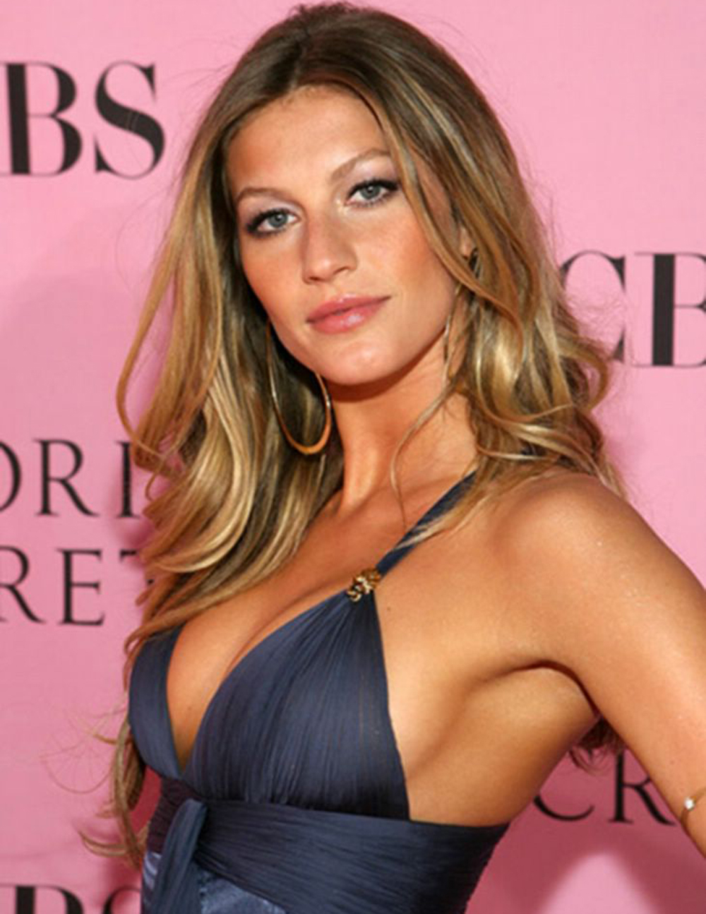 Gisele Bundchen Hair Color 7