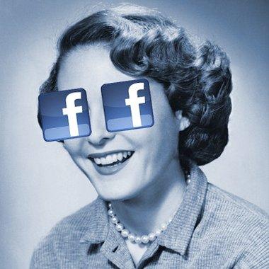 Facebook hacker posts stolen pics on porn site !