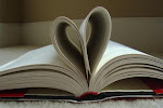 """""""Es un buen libro aquel que se abre con expectación y se cierra con provecho"""""""