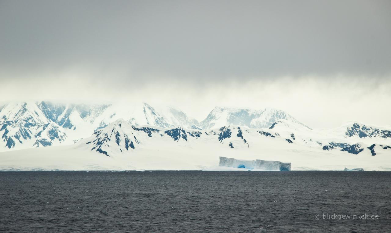 Bizarre Antarktis-Landschaft