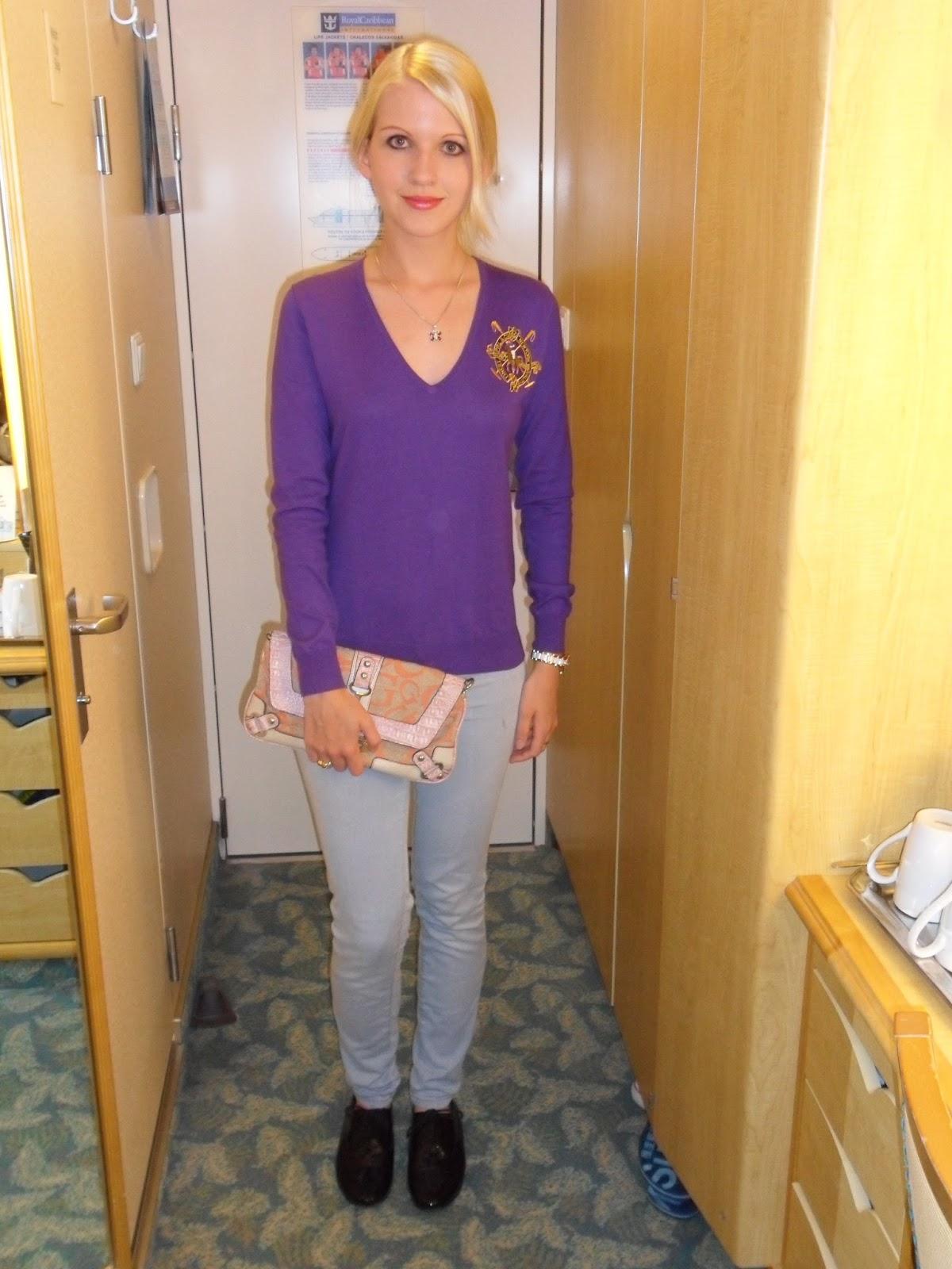 6ef43575ac1 V-neck Jumper – Ralph Lauren Jeans – Zara Brogues – Oasis Bag – Guess