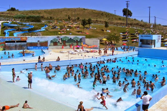 O mundo por mi dos piscinas de santar m for Piscina 7 de agosto
