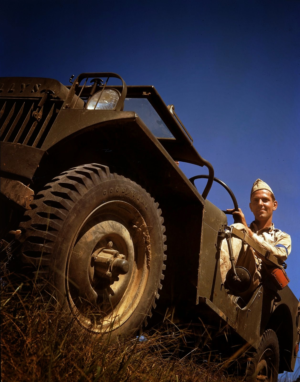http://4.bp.blogspot.com/-RByhffQHok8/VLabeX8NyII/AAAAAAABOLY/pSjnuDneBlU/s1600/Rare+Color+Photographs+from+World+War+II+(23).jpg