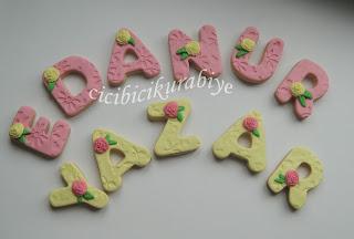 isme özel kurabiyeler