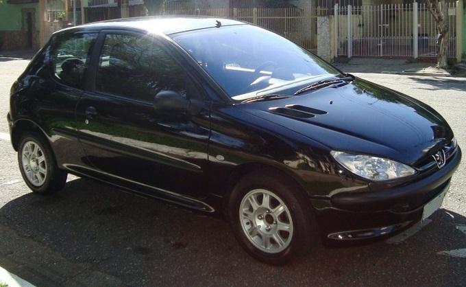 Peugeot 206 2004 1.4 Presence - semi-novo