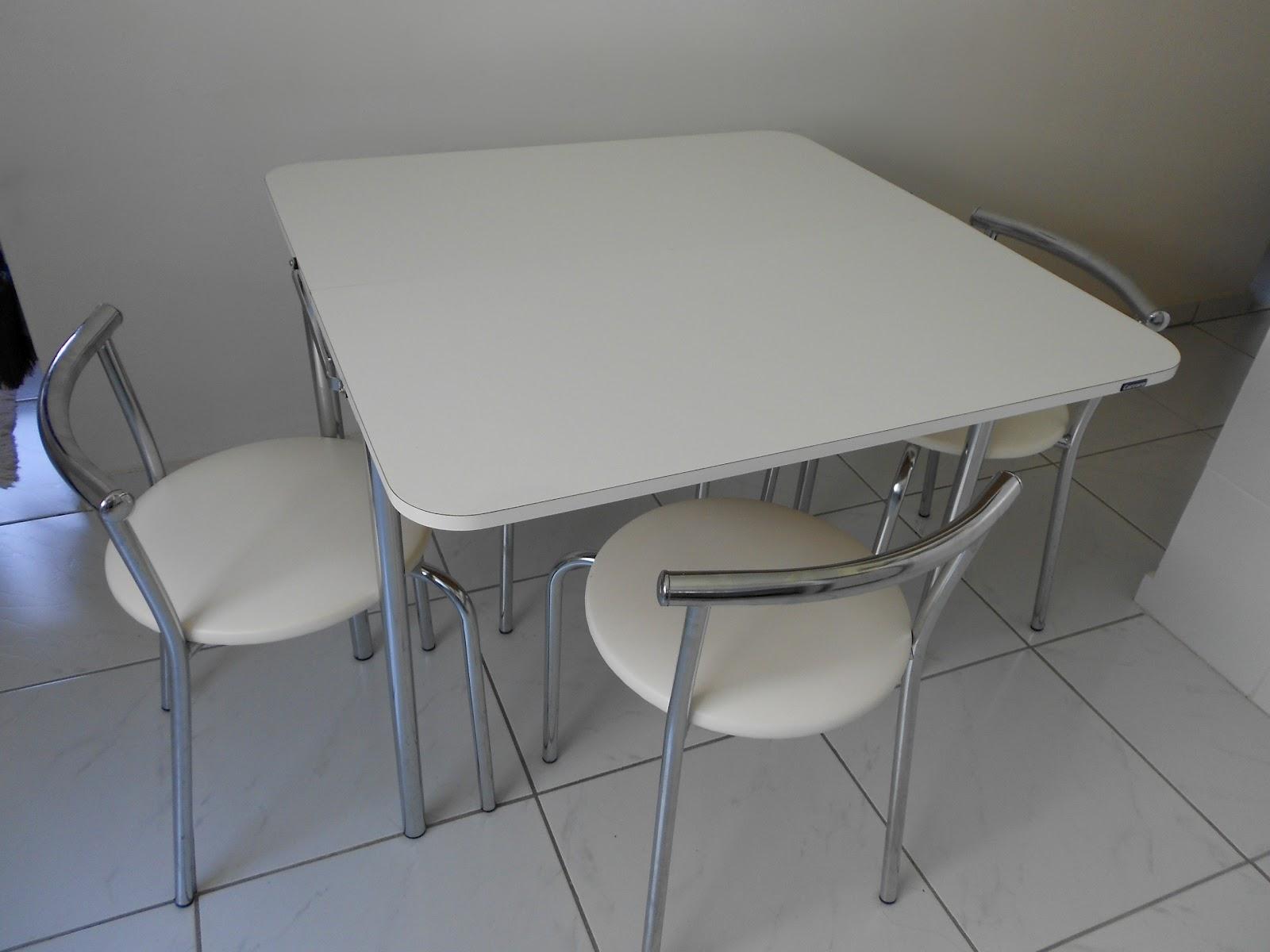 minha mesa é da marca Carraro mas já vi outras bem semelhantes de  #234CA8 1600 1200