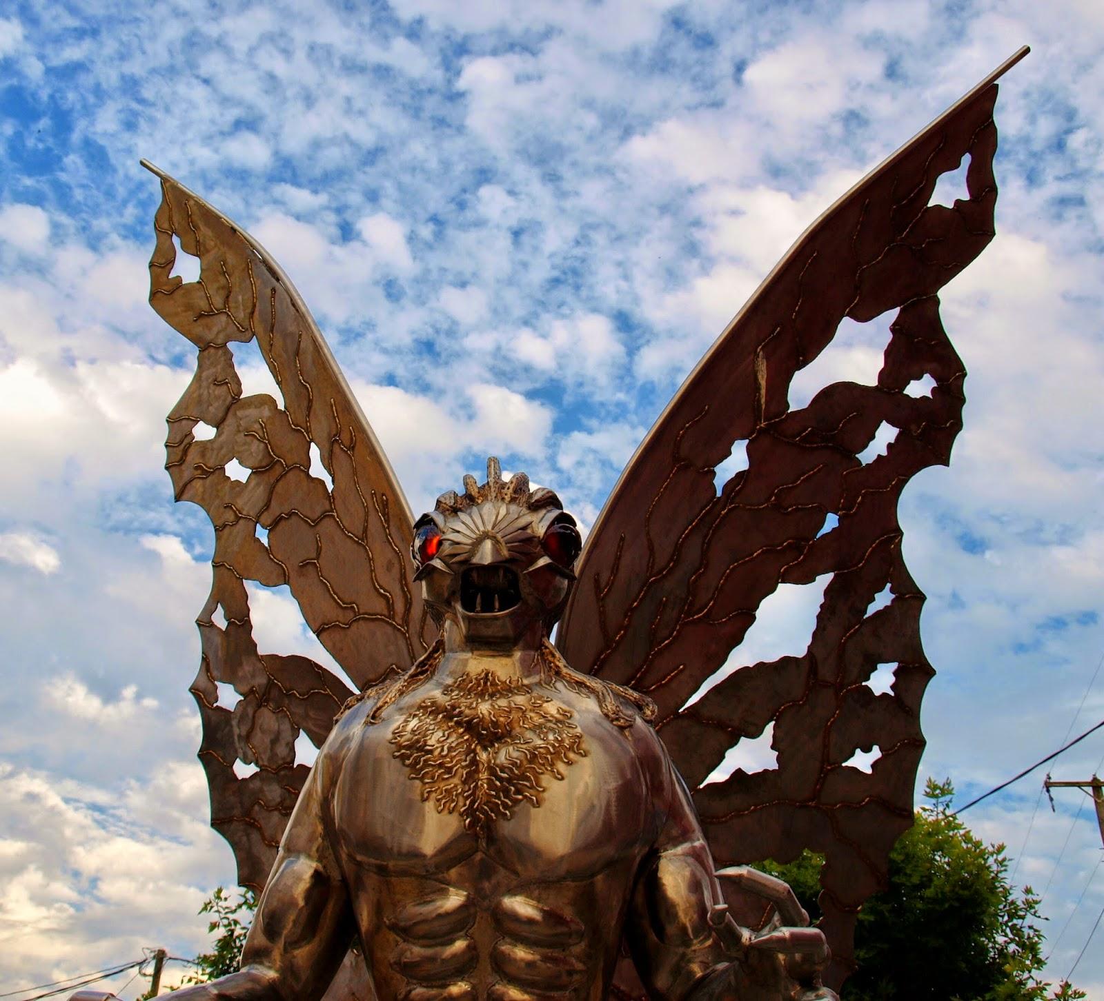 the mothman statue