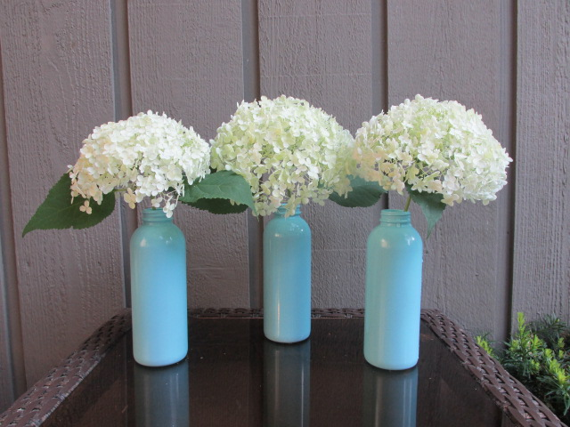 Craft Klatch: DIY Turn Recycled Bottles into Cute Cottage Style Vases