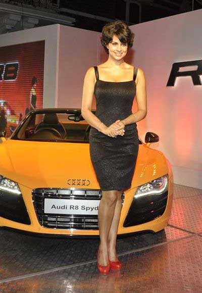 r8 blogspotcom. Panag launches Audi R8 Car