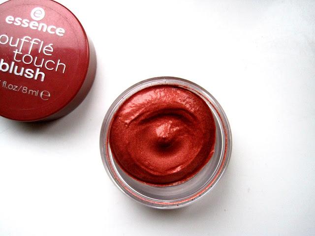 essence souffle touch blush 010 fresh apricot