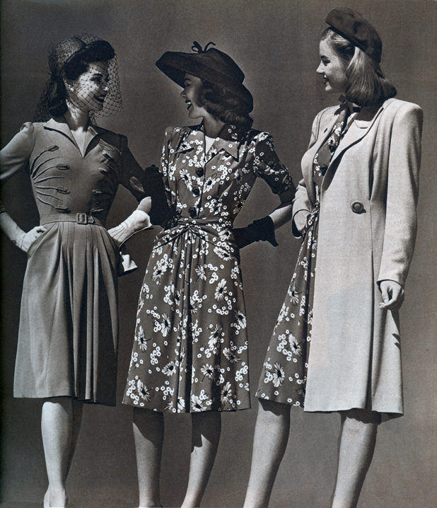 Http Fashionmeetsfiction Blogspot Com 2012 10 Soldiering On Early 1940s Fashion Html