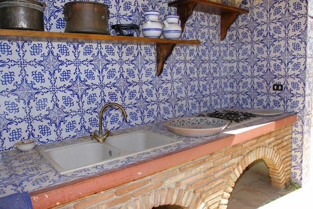 Le fiabe di tuassan: maioliche ricordi dalla sicilia!!