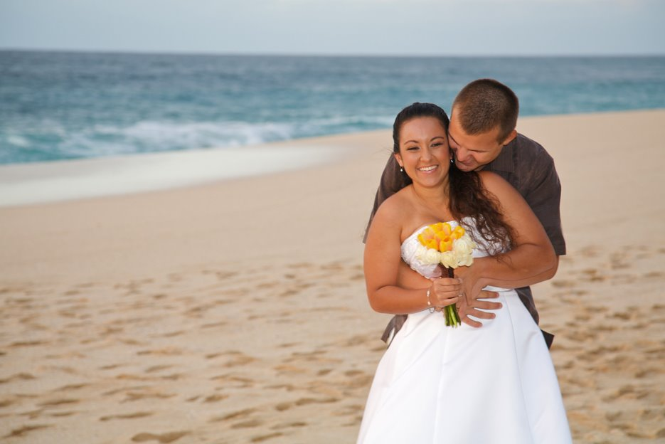 oahu beach wedding JBRweddingcoupleonbeach