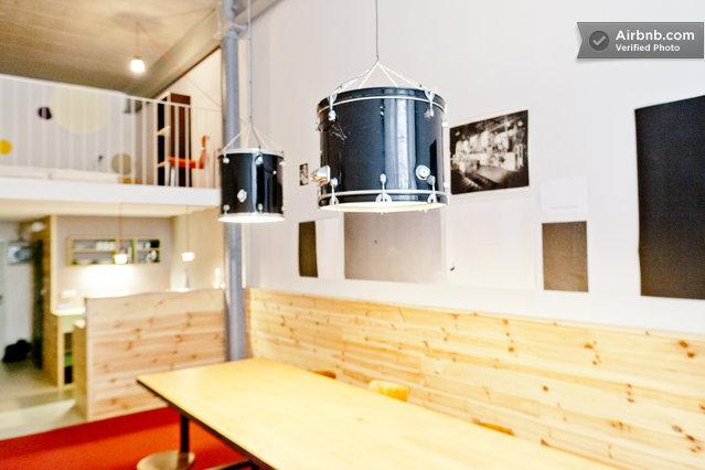 Wunderkammer meisterzimmer industry hotel in leipzig for Design hotel leipzig