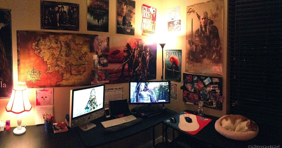 Omglitzy princess of the nerds my room art and eq2 loot for Room decor ideas for nerds