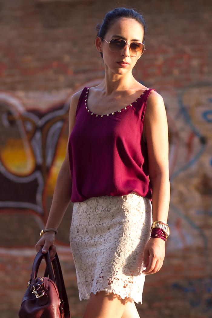 Bolso de cuero color burgundy de Zara