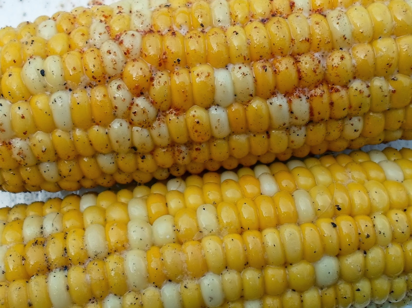 corn on the cob with chipotle powder- and several more ideas for summer corn