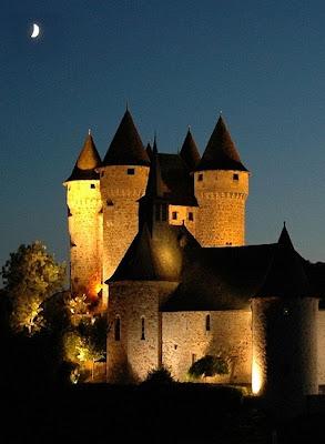 Castelo de Val: vida quotidiana em ambiente de sonho