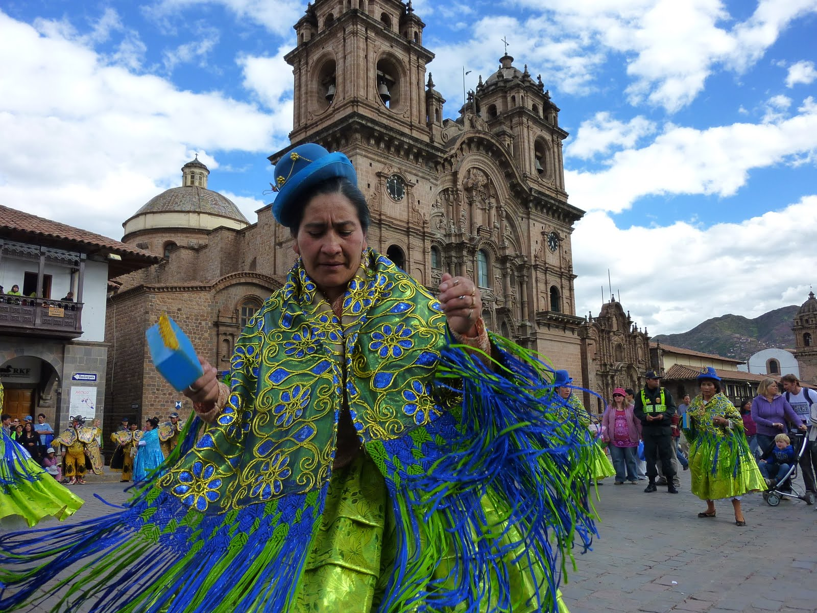 Cuzco, peru, vuelta al mundo, round the world, La Aventura de Pablo y Elena