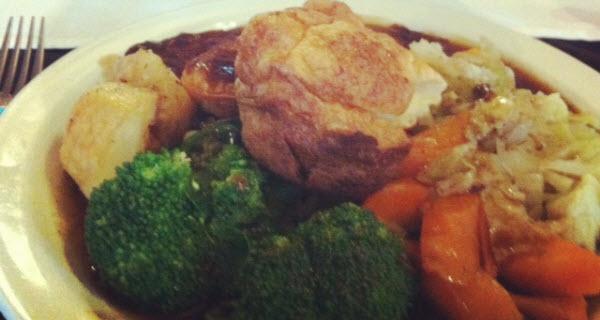The i bar southsea roast dinner