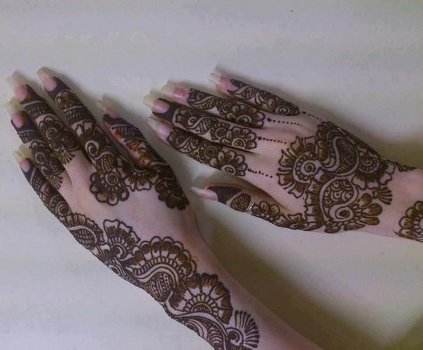 Mehndi Ideas Lahore : Bridal mehndi designs pakistani and henna