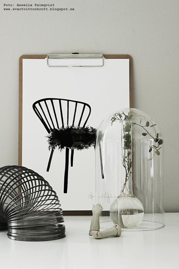 poster, posters, stol, stolar på tavlor, svartvit, tavla, svartvita tavlor, konsttryck, inredning, inredningsdetaljer, stilleben, annelies design, webbutik, webbutiker, webshop, glaskupa, glaskupor, print, prints, plakat, plakater, nettbutikk, nettbutikker, interior, interiör,