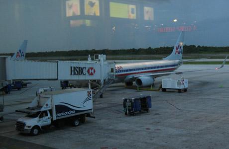 American Airlines, avión, aeropuerto