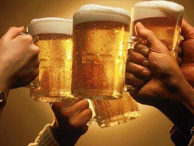 Granada--Málaga CF. Viernes 8 de Noviembre.22.00h. Cuatro. - Página 6 Brindis_cerveza
