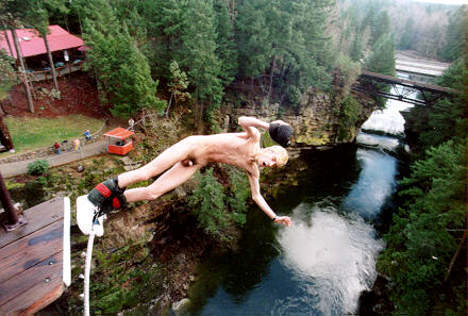 More Hot Pictures From Naked Bungee Jumping