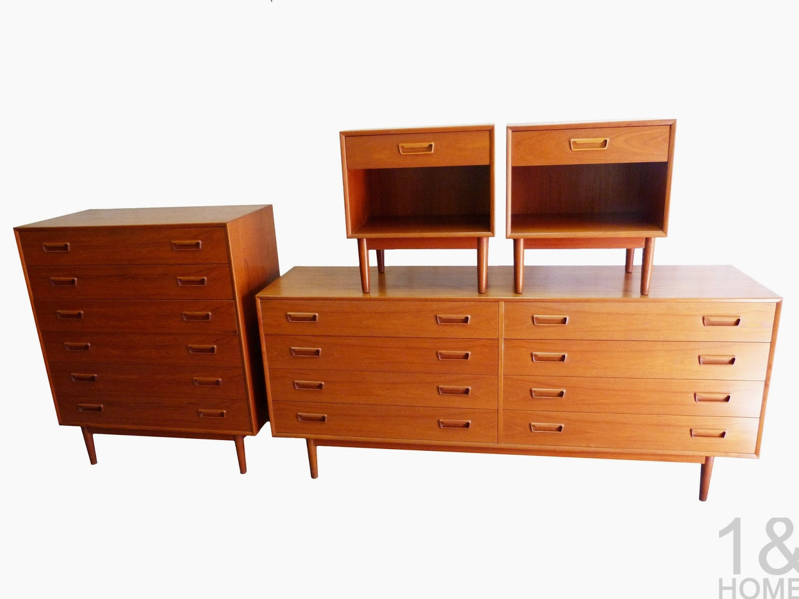 Modern Mid Century Danish Vintage Furniture Shop Used Restoration Repai