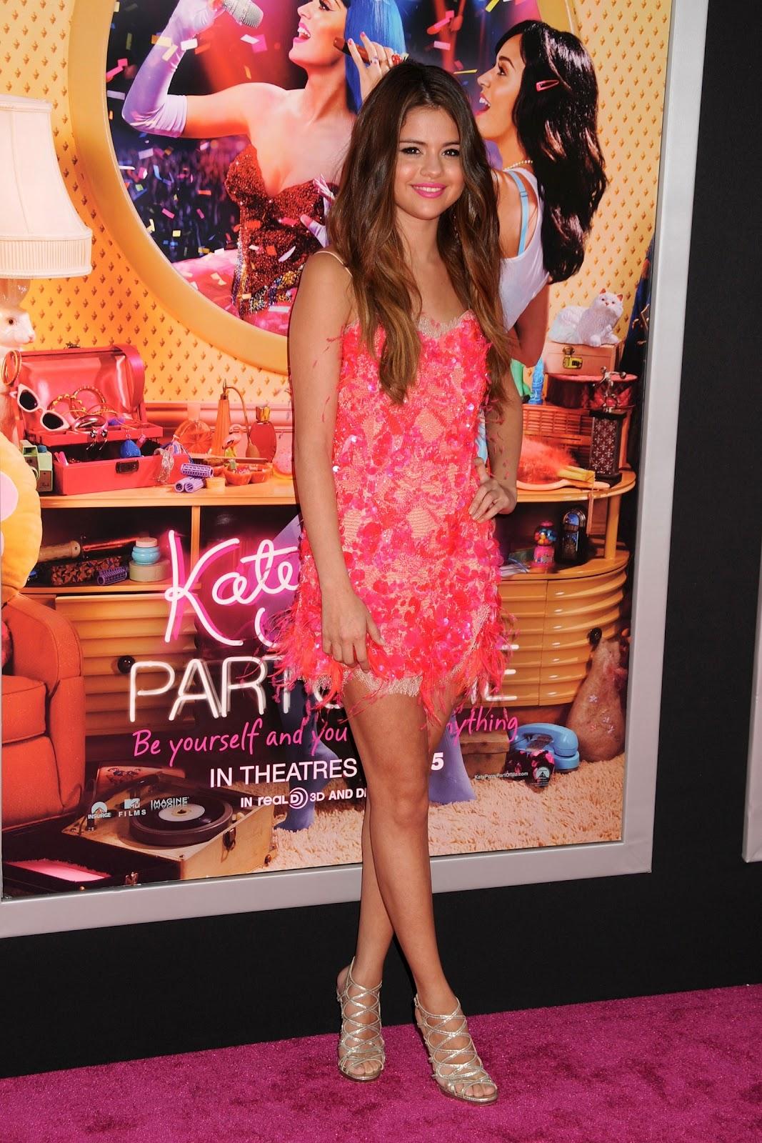 http://4.bp.blogspot.com/-REQXk2t-nec/T_ai7ehXQRI/AAAAAAAADSs/JJDLNle4tUY/s1600/Selena-Gomez-5+(1).jpeg