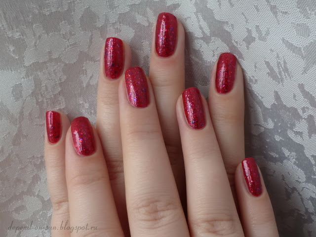KBShimmer Berry Christmas